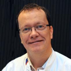 Dr. Scheeren Thomas